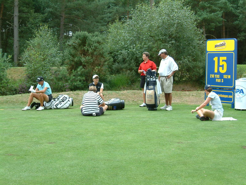 Practice day at Sunningdale - an altogether more casual atmosphere